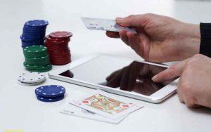 UK's Government Considering Ban of Credit Card Gambling